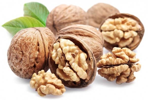 Eat-walnuts