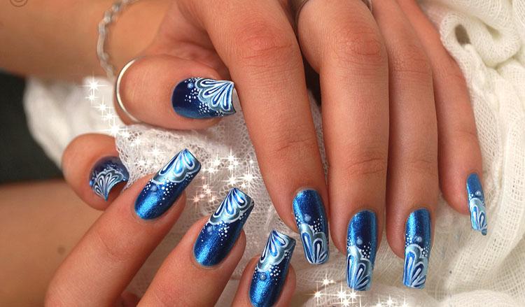 blue-mermaid-nail-art