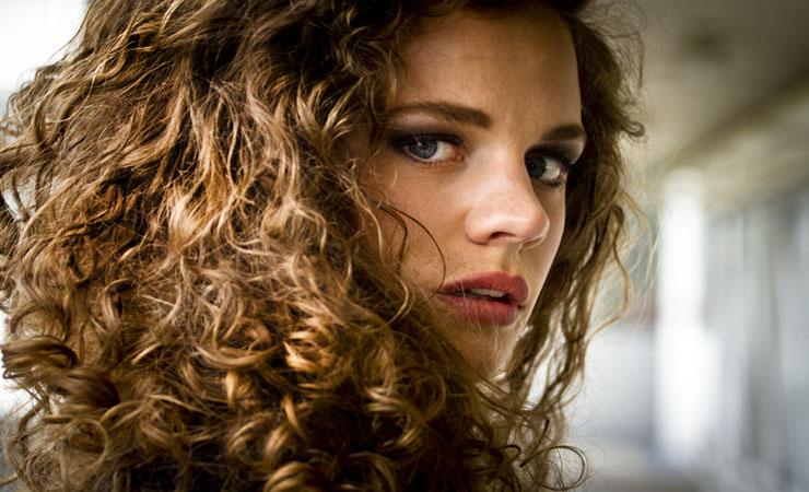frizzy-voluminous-curls
