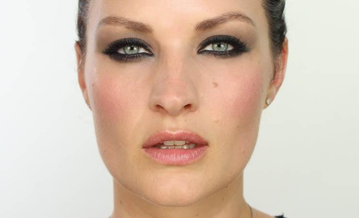 arch-your-eyebrows-upwards