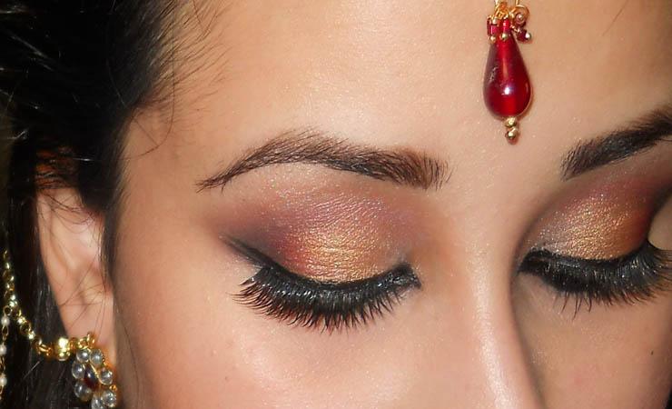 exotic-arabic-smokey-eye-makeup