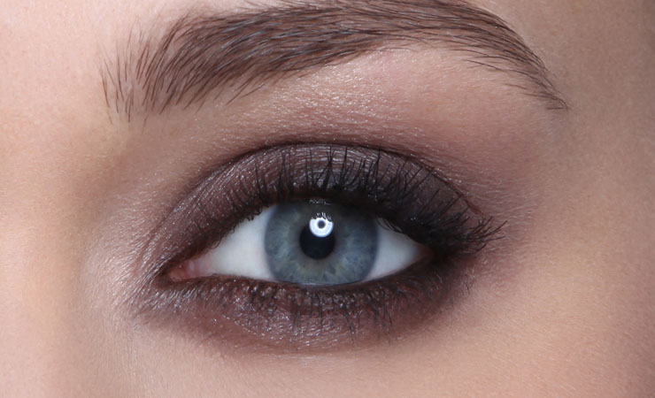 muted-asmoky-eyes