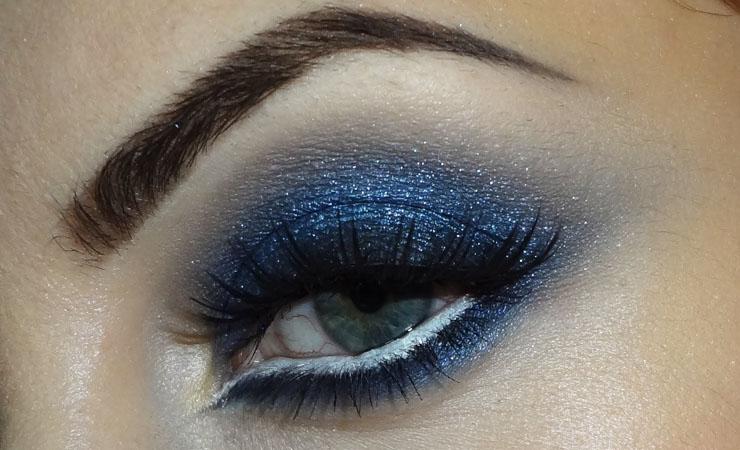 navy-blue-smokey-eye-makeup