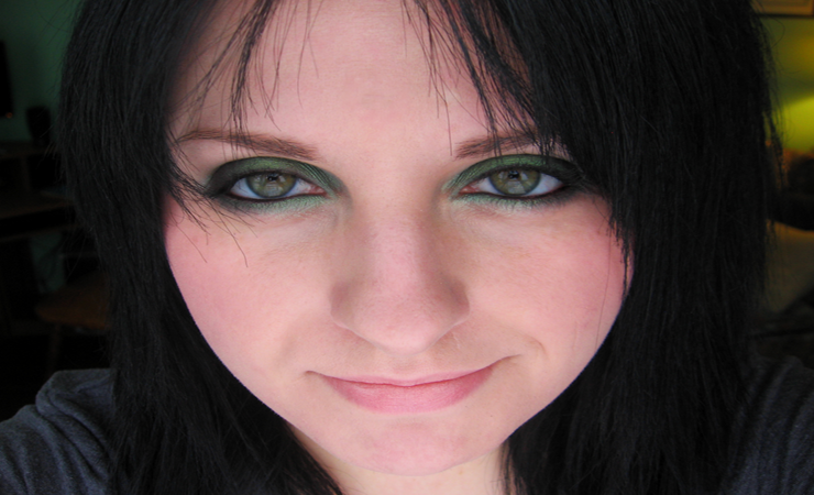 soft-emerald-smokey-eyes