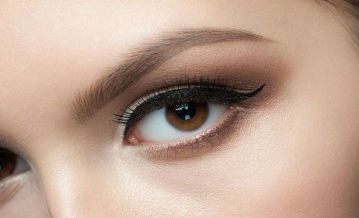 subtle-brown-smokey-eye-makeup