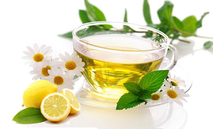 chamomile-tea-and-lemon-juice