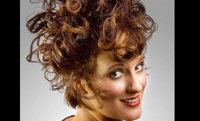 13-eye-catching-curly-hair-updos