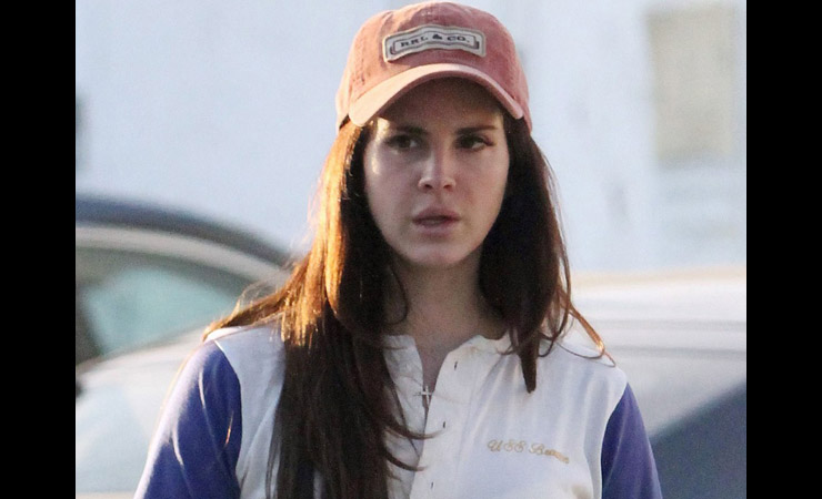 lana-del-rey-without-makeup