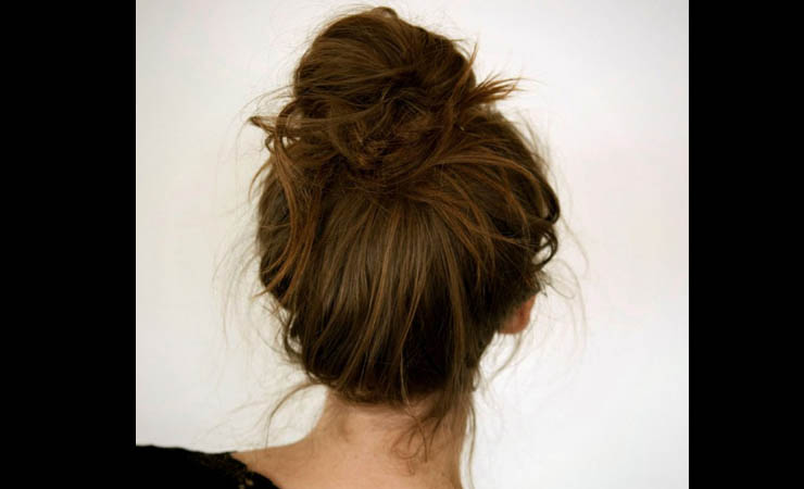 Messy-French-Bun-Hairstyle-for-Short-Hair