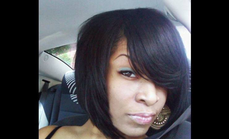 Creamy-Asymmetrical-Bob-for-Medium-Hair