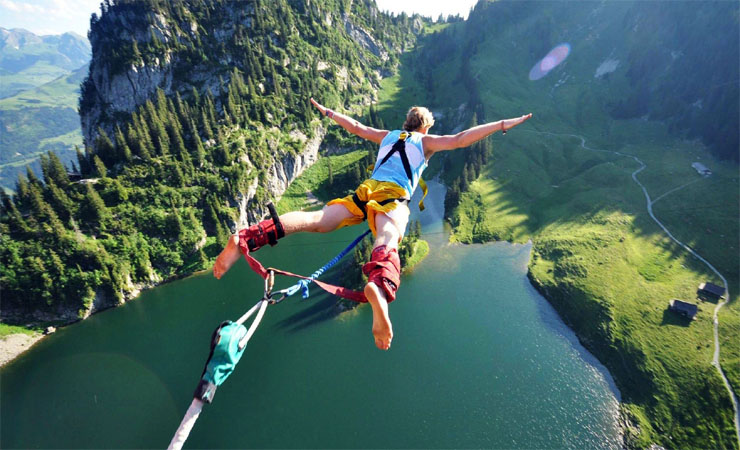 Do bungee jumping