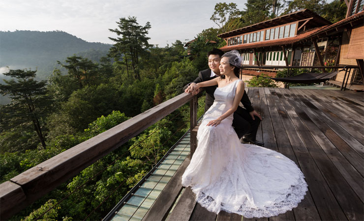 Dreamy Elegance Lace Wedding Dress With Full-length Chapel Train