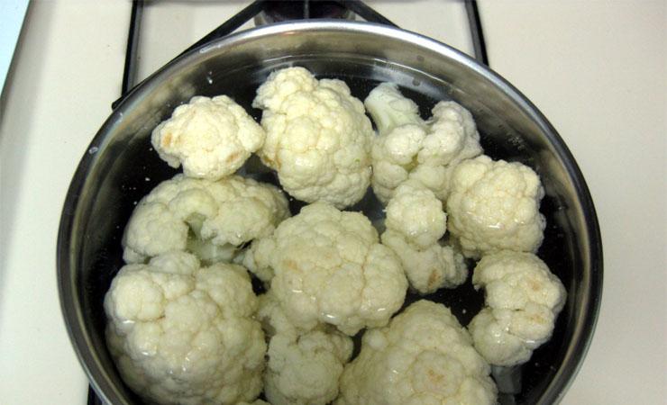 Boiled cauliflower