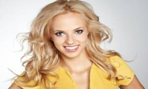 buttery-blonde-hair